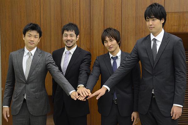 (左から)竹田 謙選手、朝山正悟選手、岡田優介選手、竹内譲次選手